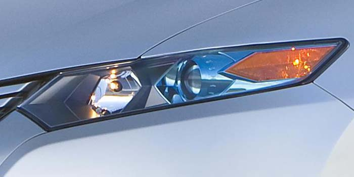 2010 Insight headlight